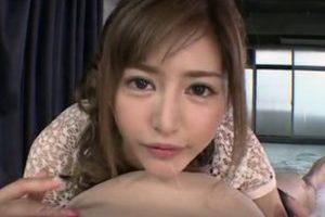 無修正エロ動画作品に出演したAV女優麻生希が高画質で魅せるフェラチオ